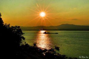 Sunset view from Buu Pagoda