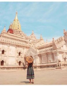 Ananda Pagoda (Best Instagram spot in Bagan)