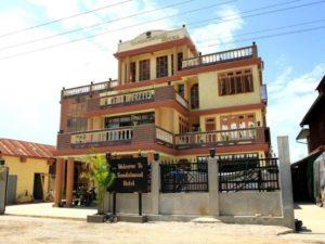 Sandalwood hotel Nyaung Shwe